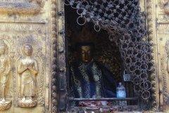 Buddha Statue in Tempelanlage Swayambhunath