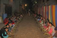 Erster Haarschnitt - Chudakarana - Festmahl - zum Festessen wird auch die Nachbarschaft eingeladen