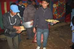 Erster Haarschnitt - Chudakarana - Festmahl - Nachspeise Äpfel und Orangen