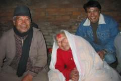 Erster Haarschnitt - Chudakarana - Festmahl - Familie Maharjan in drei Generationen