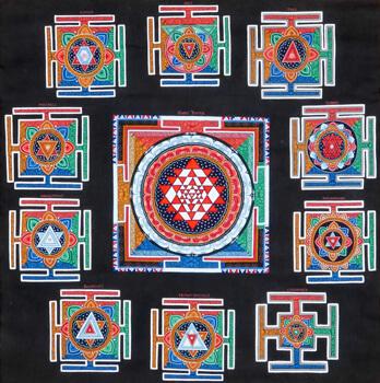 Thangka mit 11 unterschiedlichen Yantras auf schwarzem Hintergrund